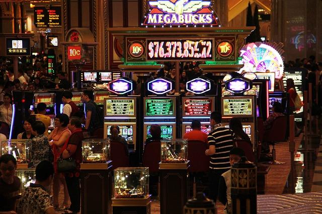 www.macau-casino-interior.jpg