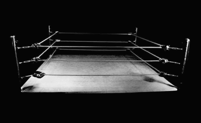 empty-boxing-ring